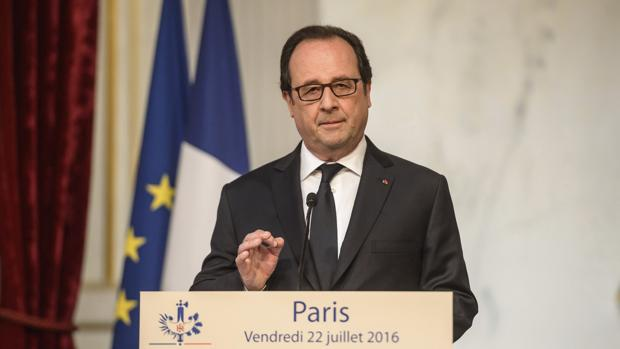 Francois Hollande, en declaraciones a la prensa este viernes en el Palacio de Elíseo