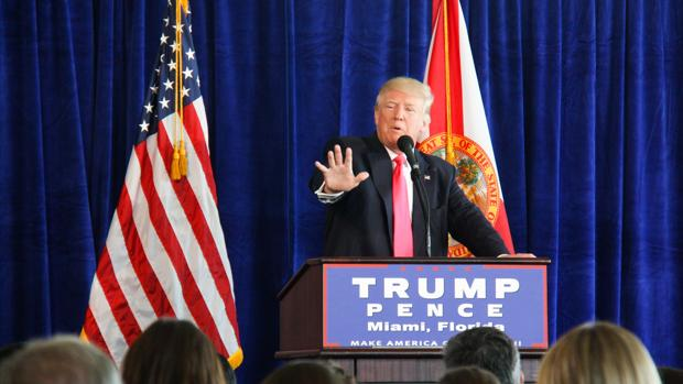 Trump pide a Rusia «hackear» el correo electrónico de Hillary Clinton