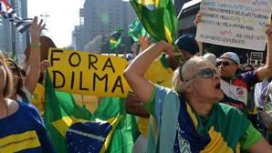 El juicio político a Rousseff avanza en el Senado brasileño