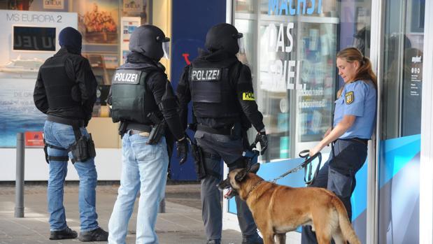 Hemeroteca: Detenido el hombre que se había atrincherado en Alemania | Autor del artículo: Finanzas.com