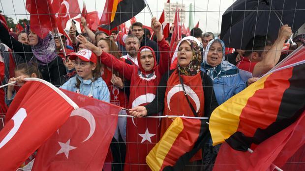 Hemeroteca: Los seguidores de Gülen en Alemania denuncian recibir amenazas de muerte   Autor del artículo: Finanzas.com