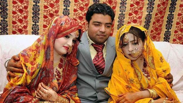 Las relaciones poligamicas no son malas.  - Página 2 Azhar-kvCG--620x349@abc