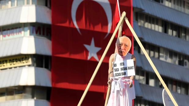 Hemeroteca: Erodgan «sacrificará» las relaciones con EE.UU. si no extraditan a Gülen | Autor del artículo: Finanzas.com