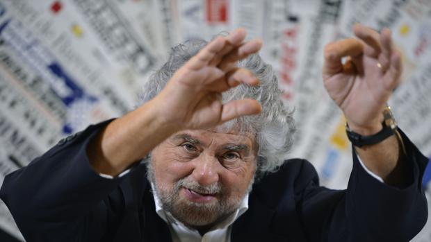 Hemeroteca: El cómico Beppe Grillo descubre que la política cuesta dinero | Autor del artículo: Finanzas.com