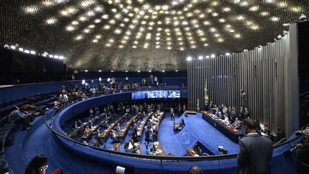 Hemeroteca: Brasil vota proseguir la destitución y lleva a Rousseff al juicio final   Autor del artículo: Finanzas.com