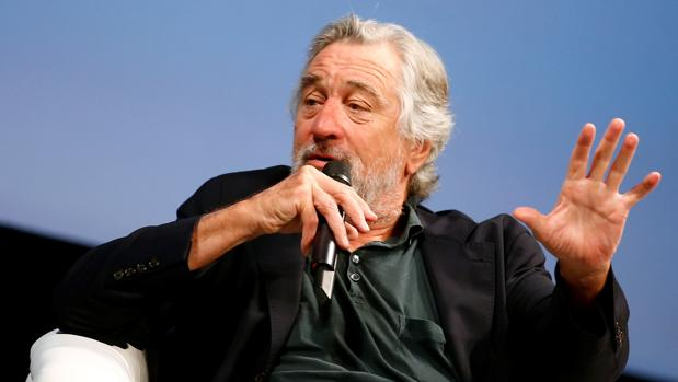 Robert de Niro se dirigió al público del Teatro Nacional de Sarajevo este viernes por la noche