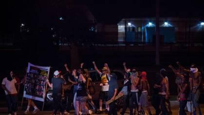 EEUU, luchas, malestar, represión, respuestas antipoliciales. Milwaukee-ko7B--420x236@abc