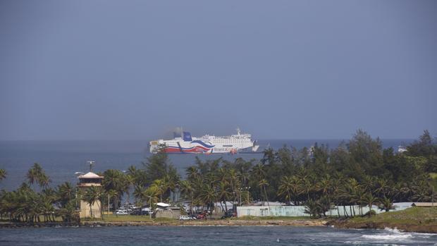 Vista del crucero del que fueron evacuados más de 500 pasajeros
