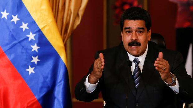 El presidente venezolano, Nicolás Maduro, durante su reunión con el ministro de Exteriores iraní Mohammad Javad Zarif en Caracas