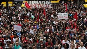 Los brasileños salen a calle para pedir elecciones y oponerse al Gobierno de Temer