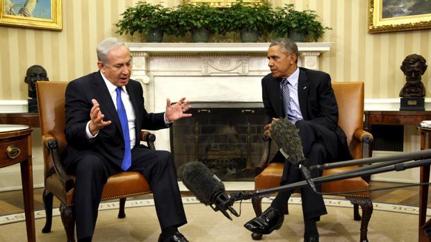 El presidente de Estados Unidos, Barack Obama, y su homónimo israelí, Bejamin Netanyahu, en el Despacho Oval de la Casa Blanca el 9 de noviembre de 2015