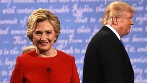 Trump se juega el «doble o nada» en su último duelo con Clinton