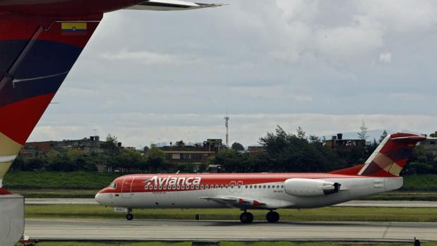 Avianca reanudará el domingo sus vuelos a Caracas tras aclararse el incidente con el avión militar venezolano