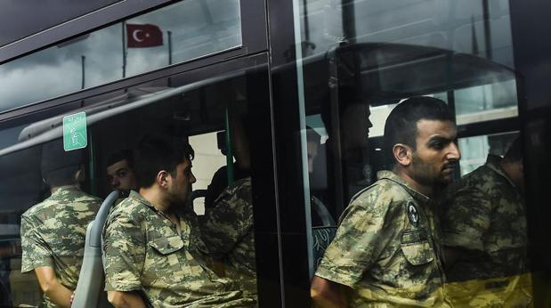 HRW denuncia que el estado de emergencia en Turquía facilita las torturas