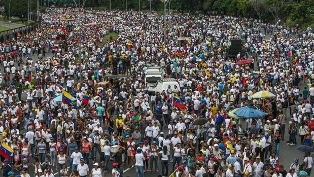 Miles de personas participan hoy en la «Toma de Venezuela»