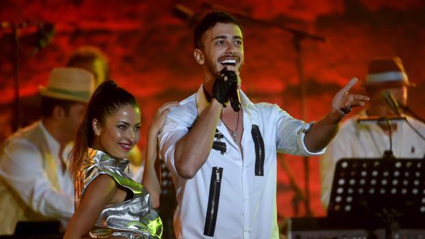 Mohamed VI alega que el cantante acusado de abusos le pidió auxilio