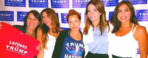Ileana García, con otras integrantes de «Latinas for Trump»