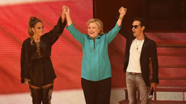 Al menos seis de cada diez hispanos votarán a Clinton