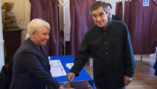 Hemeroteca: Fillon, en cabeza para hacerse con la candidatura de la derecha gala | Autor del artículo: Finanzas.com