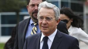 Uribe rechaza el nuevo acuerdo entre el Gobierno colombiano y las FARC