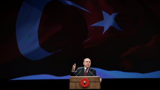Erdogan quita valor a la votación de la Eurocámara para congelar la adhesión de Turquía