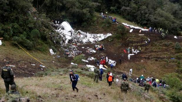 Colombia prevé identificar a todas las víctimas del avión accidentado en «dos o tres días»