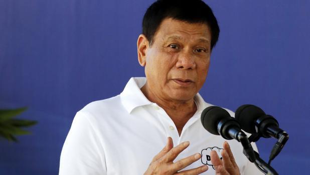 De narcotraficantes a activistas pro derechos humanos: las nuevas amenazas del presidente Duterte