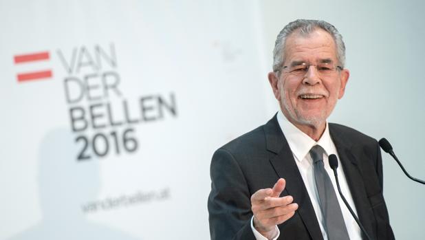 Hofer reconoce su derrota en las elecciones presidenciales de Austria