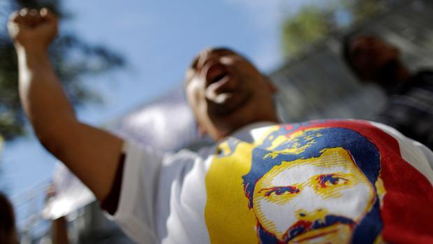 La oposición rompe el diálogo con Maduro, pero no con el Vaticano