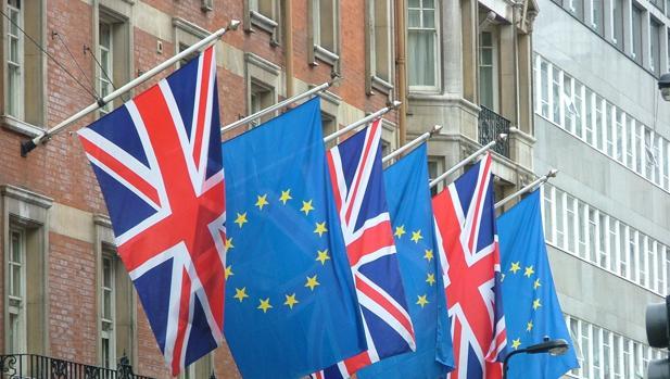 El Reino Unido necesitará diez años para un acuerdo comercial con la UE