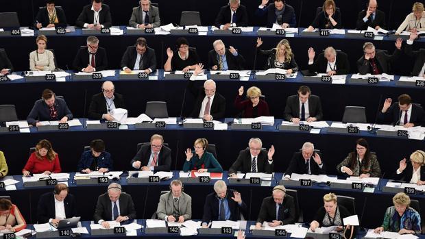 El Parlamento Europeo pide a los líderes de la UE que no se crucen de brazos en Siria