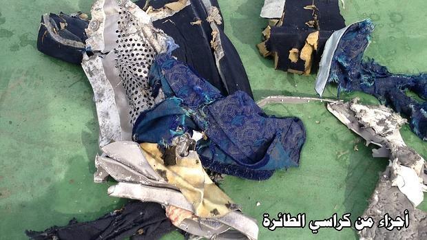 Hemeroteca: Hallan restos de explosivo en el Egyptair estrellado el pasado mayo | Autor del artículo: Finanzas.com