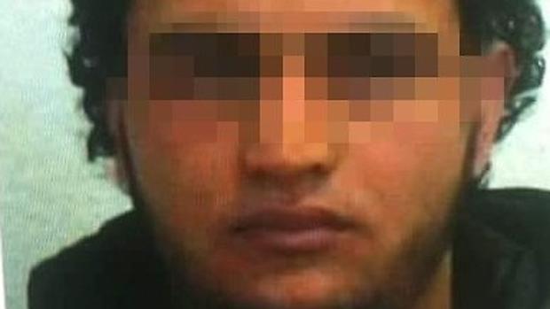 Alemania ofrece 100.000 euros por la captura del terrorista de Berlín