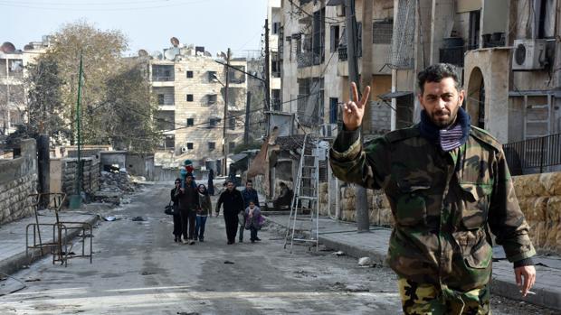 Moscú denuncia la existencia de fosas comunes en Alepo oriental