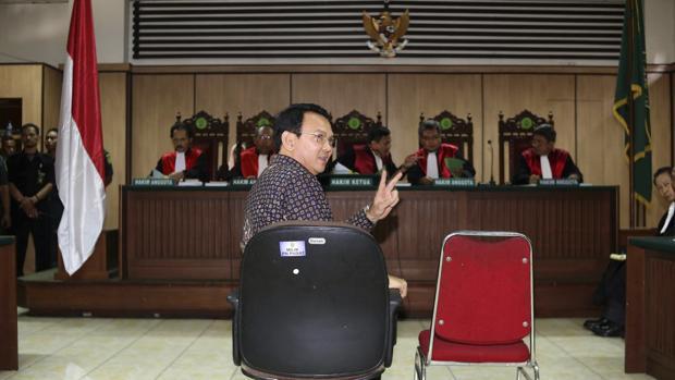 Luz verde a continuar el proceso por blasfemia contra el gobernador de Yakarta