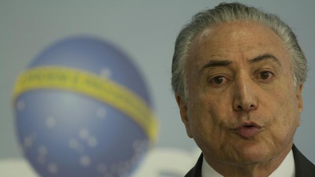 El Gobierno brasileño despedirá a 4.600 cargos de confianza durante el primer semestre de 2017