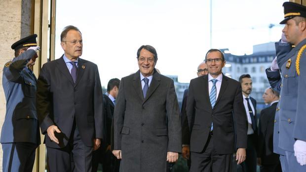 Arrancan las negociaciones para la reunificación de Chipre