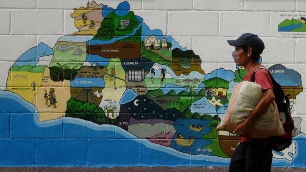 Hemeroteca: El Salvador, 25 años de un acuerdo menos ideológico que el de Colombia | Autor del artículo: Finanzas.com