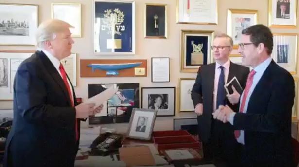 Trump estrecha lazos con Putin y declara la guerra a la OTAN y la UE