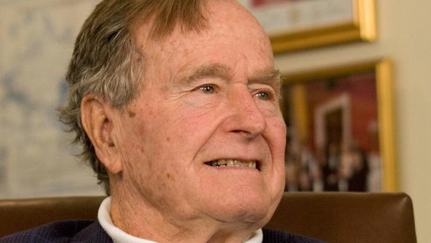 Bush padre, en la UCI con un «problema respiratorio agudo»