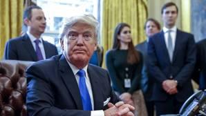 Trump pone en marcha el muro y la guerra con México para que lo pague
