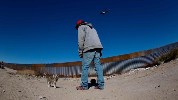 Trump pretende fijar un impuesto del 20 % a las importaciones mexicanas para pagar el muro