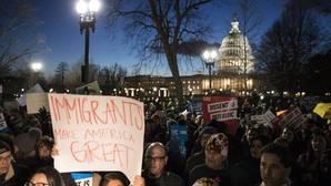 La Fiscal general en funciones de Estados Unidos ordena no defender el veto migratorio de Trump