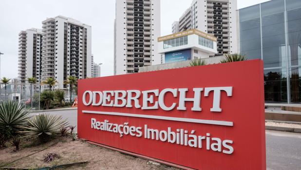 Cartel de Odebrecht en la Villa Olímpica y Paralímpica de Río de Janeiro