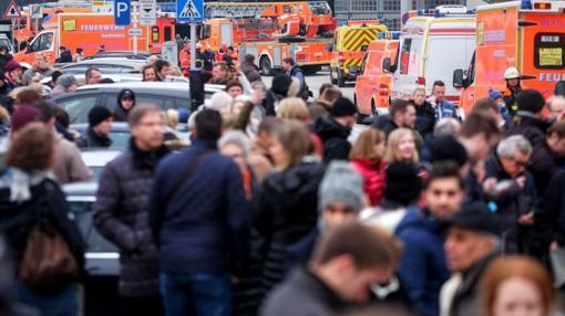aeropuerto-hamburgo2-U10109070692UvE--510x286@abc Evacuado el aeropuerto de Hamburgo por el escape de una sustancia no identificada