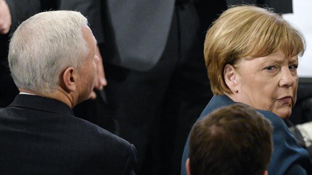 Merkel reivindica las estructuras multilaterales y la libertad de prensa ante el efecto Trump