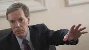 El diplomático Nicholas Burns en la entrevista con ABC