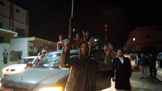 El este de Libia prohíbe viajar a las mujeres sin guardián masculino