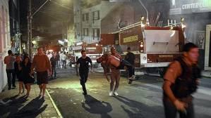 Un fiscal dice que las 242 víctimas del incendio de la discoteca Kiss murieron por «su estado de embriaguez»