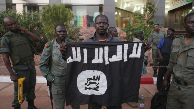 Grupos yihadistas del Sahel afines a Al Qaida se unen bajo una sola bandera